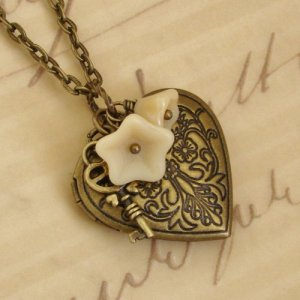gold_heart_locket_necklace__antique_brass_key_vintage_inspired_ne____11fb685a