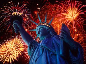 beautiful-fireworks-statue-of-liberty-new-york-harbor