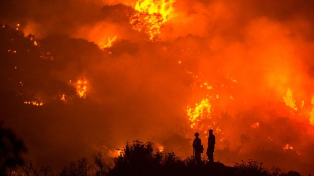 Palley, Stuart. The Border Fire burns near Campo and Potrero Wednesday in San Diego County, California. Web. 31 Aug. 2016. http://www.outsideonline.com/2109026/man-behind-summers-most-iconic-fire-photos#slide-5.