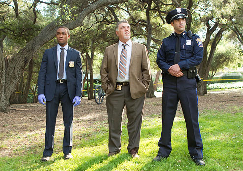 "Hyun, Doug. Rizzoli & Isles - Season 2 - ""Rebel Without a Pause"" - Lee Thompson Young, Bruce McGill and Jordan Bridges. Web. 14 Sept. 2016. http://www.tvguide.com/tvshows/rizzoli-isles/photos/304667/879191."